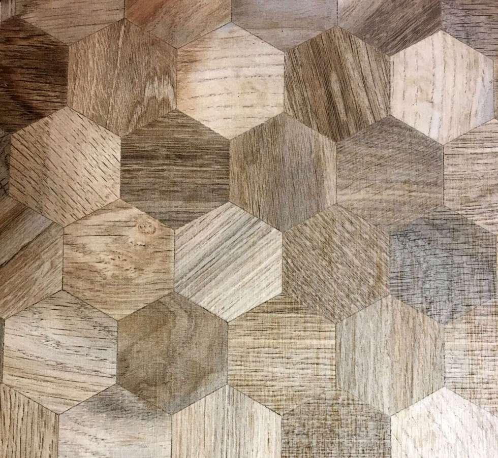 Auch Dekore punkten mit der Wabenform. Gesehen beim Holzwerkstoffhersteller Sonae Arauco. Foto: Trendfilter